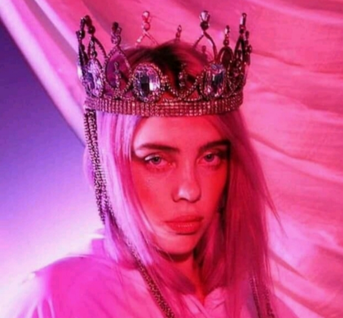 billie-eilish-industry-plant